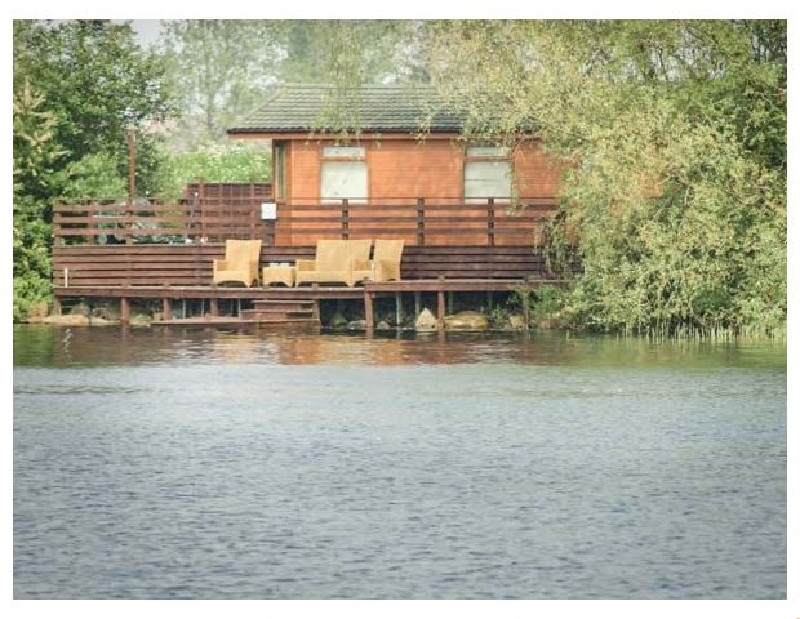 Details about a cottage Holiday at Sundeck Lodge
