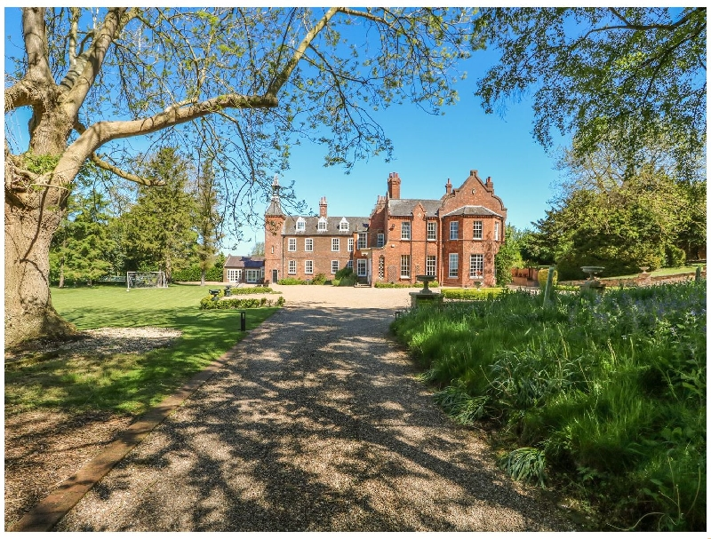 Details about a cottage Holiday at Teulons Hall